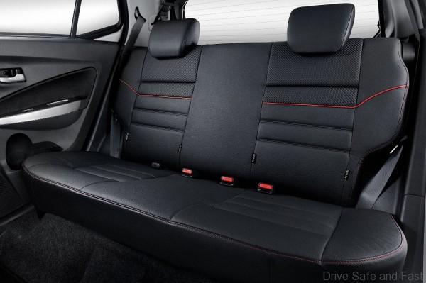 Rear-Seat_AV-600x399