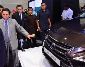Lexus-NX-300h-to-our-Deputy-Prime-Minister-of-Malaysia_-YAB-Tan-Sri-Muhyiddin-Yassin