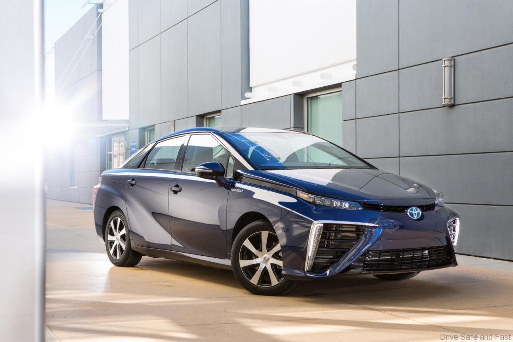 Toyota-Mirai-FCV-3