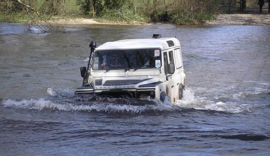 Flood-Wading4