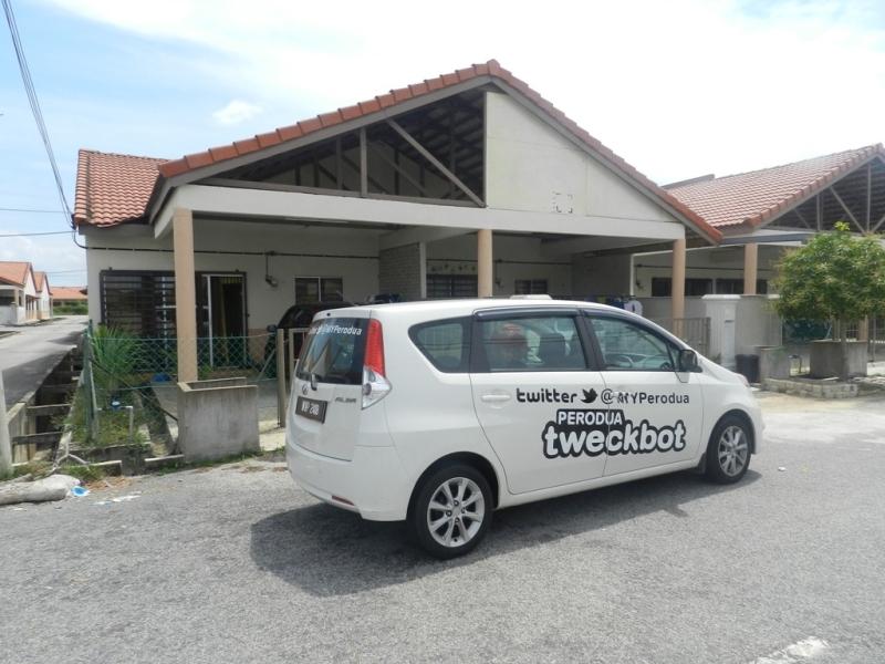 Perodua-tweckbot-2