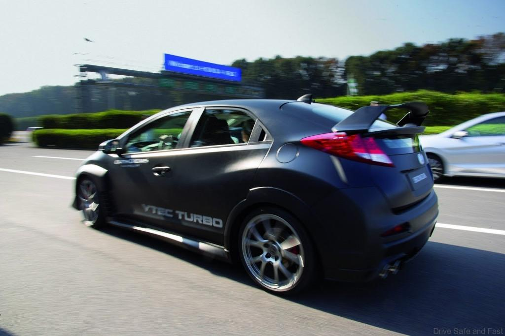 Honda-Civic-Type-R1