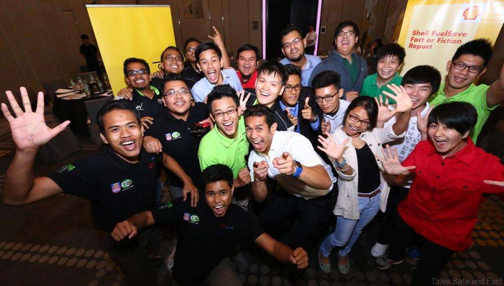 Shell-Eco-marathon-Asia-students-learn-survey-results-from-Shell-FuelSave-ambassador-Fahrin-Ahmad