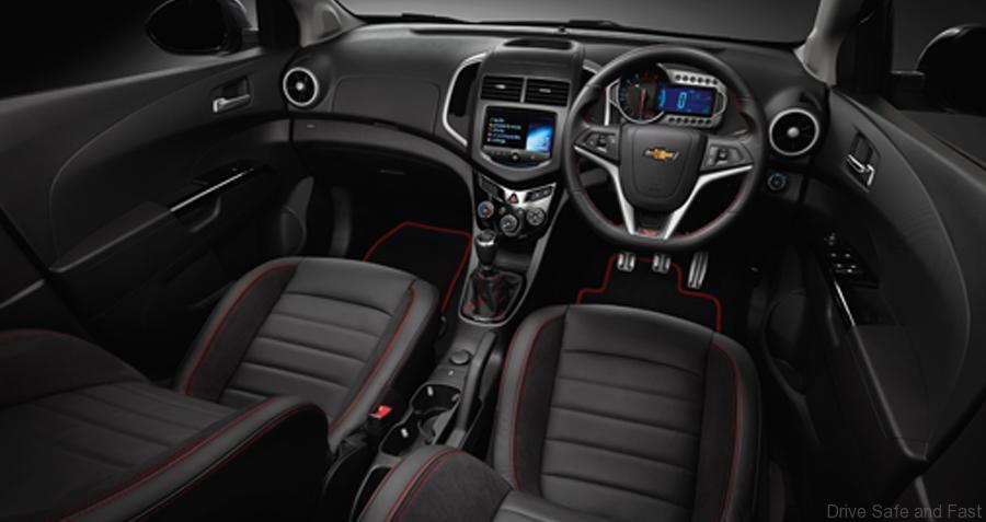 Chevrolet-sonic-4-door2