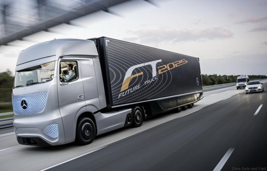 Mercedes-self-driving-truck