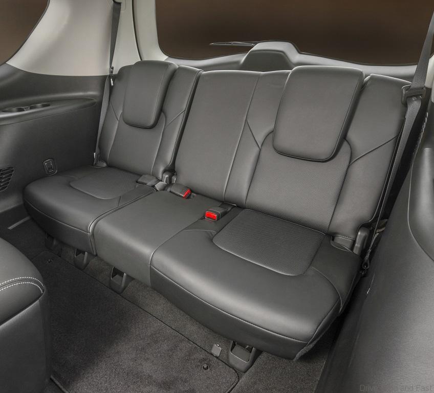 QX80-interior-11