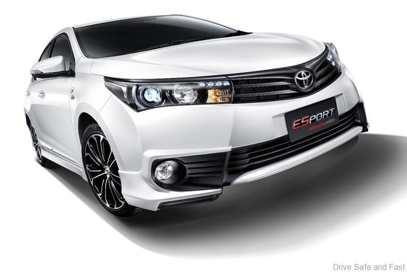 Toyota-Altis1