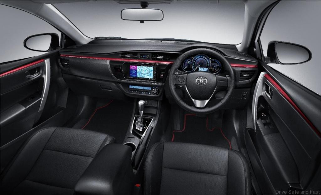 Toyota-Altis3