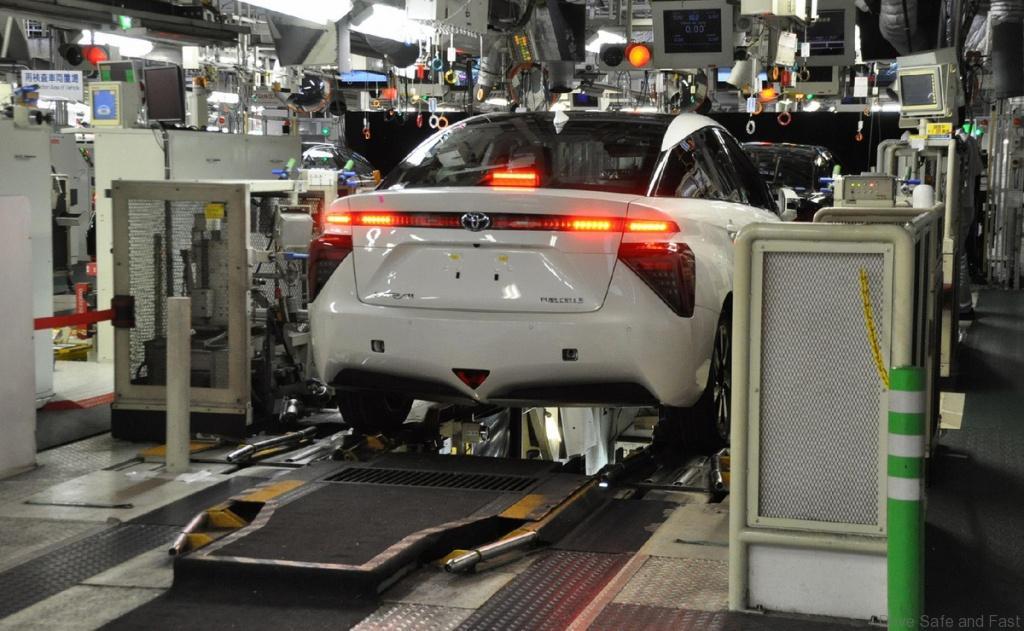 Toyota-mirai-production-03