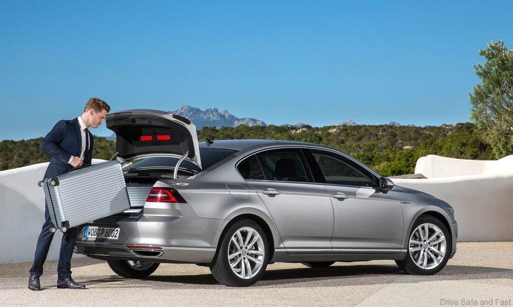 Volkswagen-Passat_2015_6