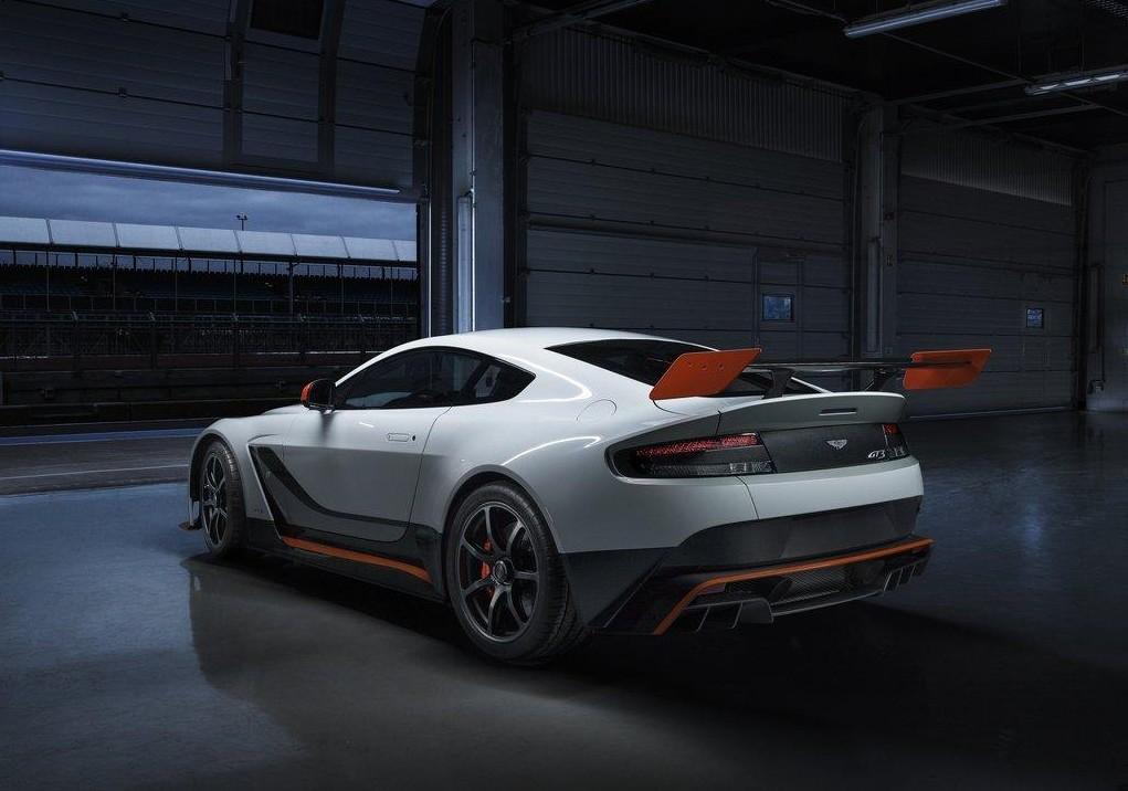 Aston-4-e1424355775237