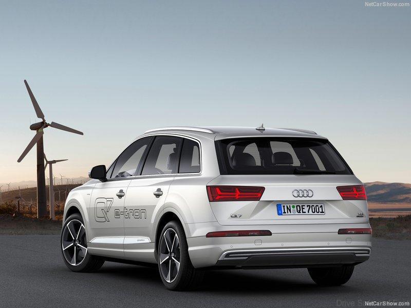 Q7-Audi-e-tron