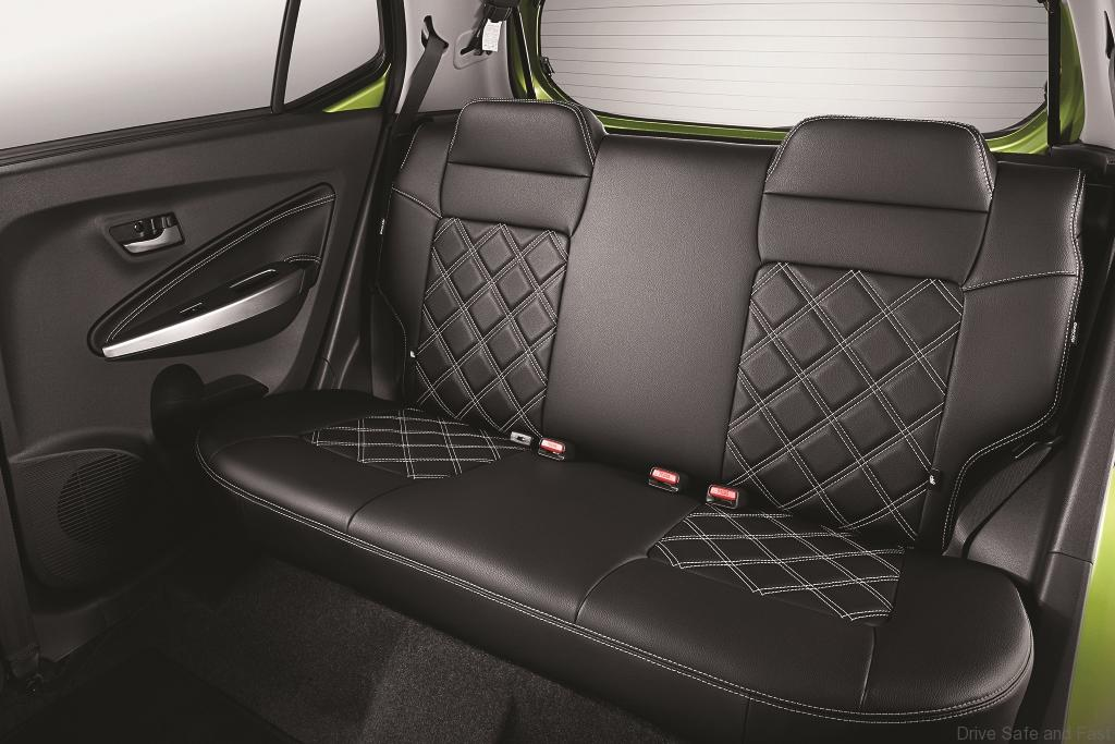 STD_Rear-Seat-Cover_Diamond-Design