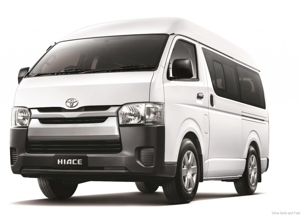 Toyota-Hiace-Window-Van (1)