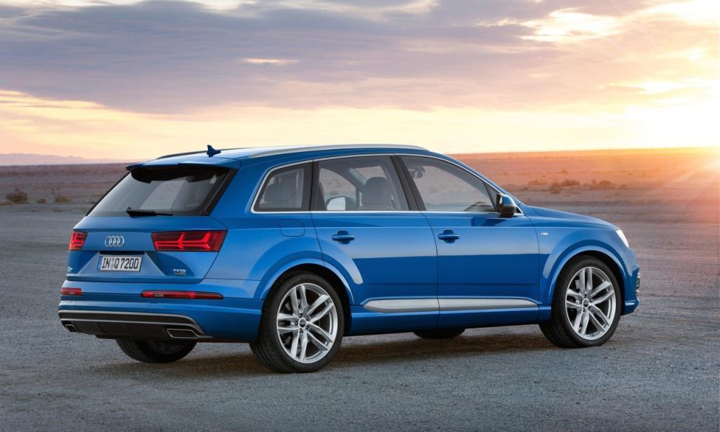 2016-Audi-Q7-rear-shot