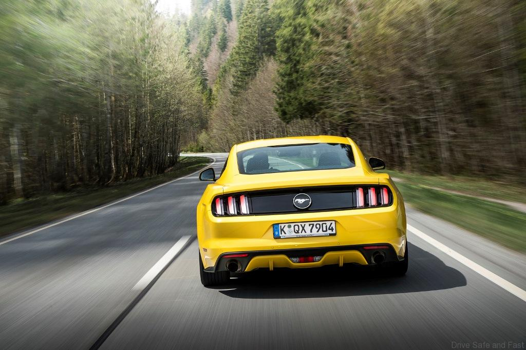 Ford-Mustang09