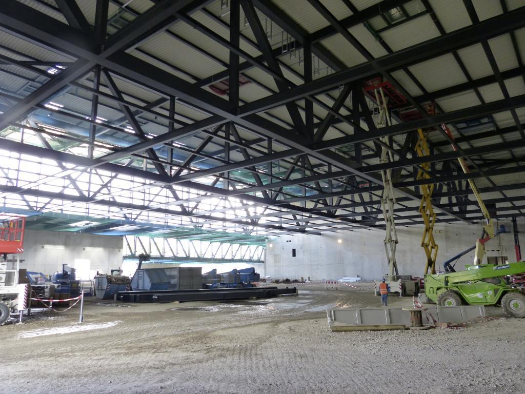 Mercedes-Benz-Crash-Test-Facility-Factory-4