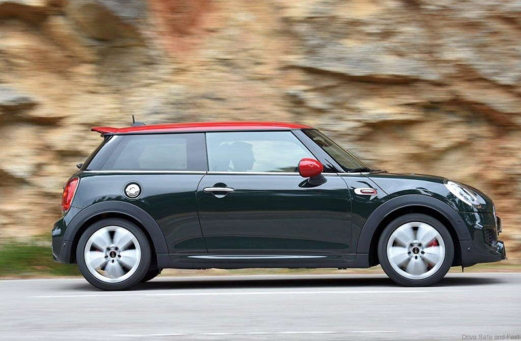 Mini-John_Cooper_Works_2015_1280x960_wallpaper_37