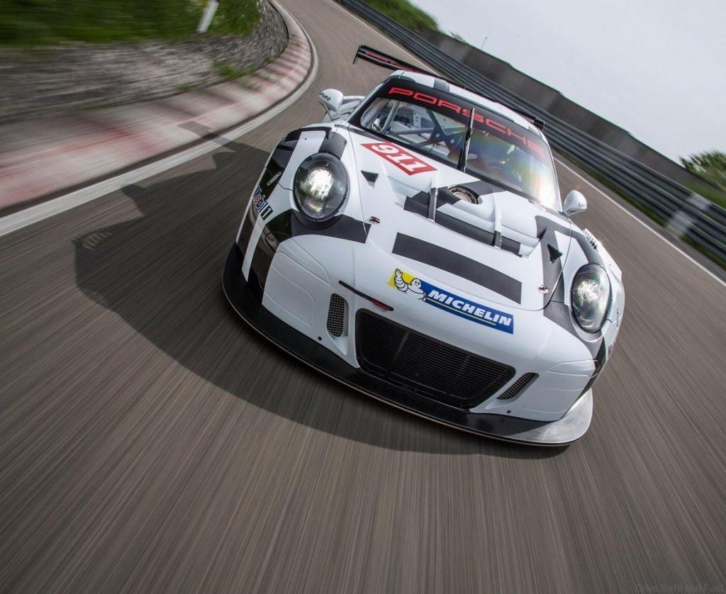 Porsche-911_GT3_R_2016_03