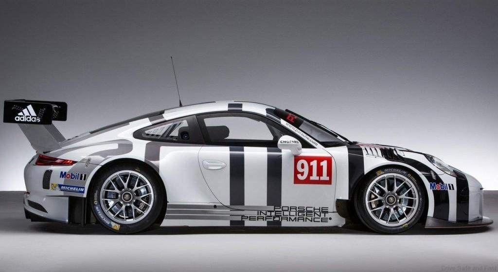 Porsche-911_GT3_R_2016_05