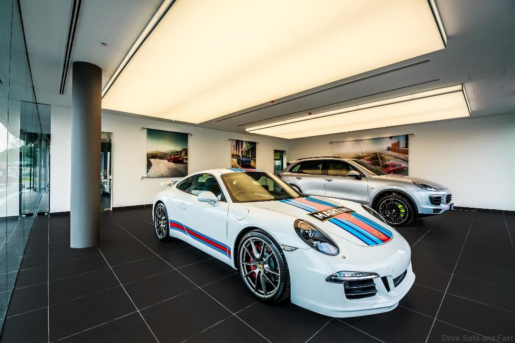 Porsche-CSB_Delivery-Bay
