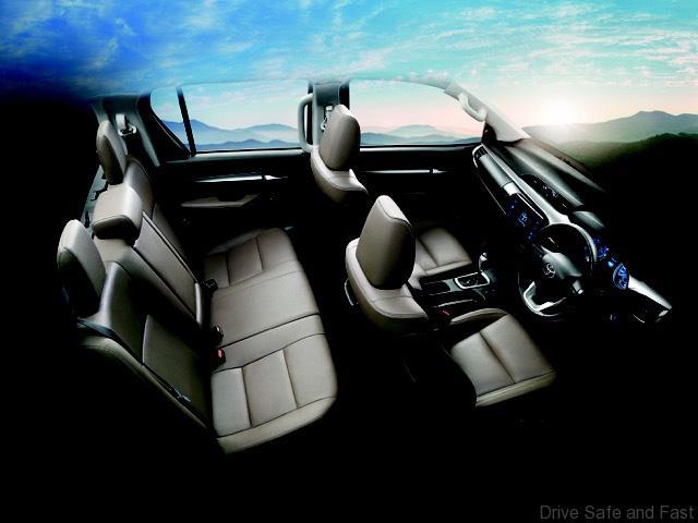 Toyota-Hilux-REVO5