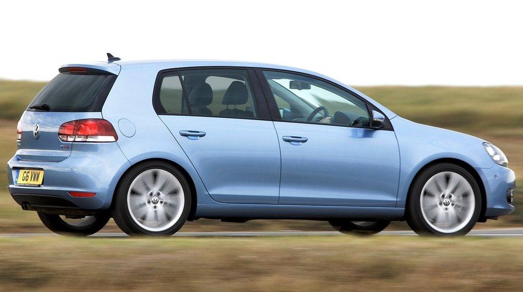 Volkswagen-Golf_2009
