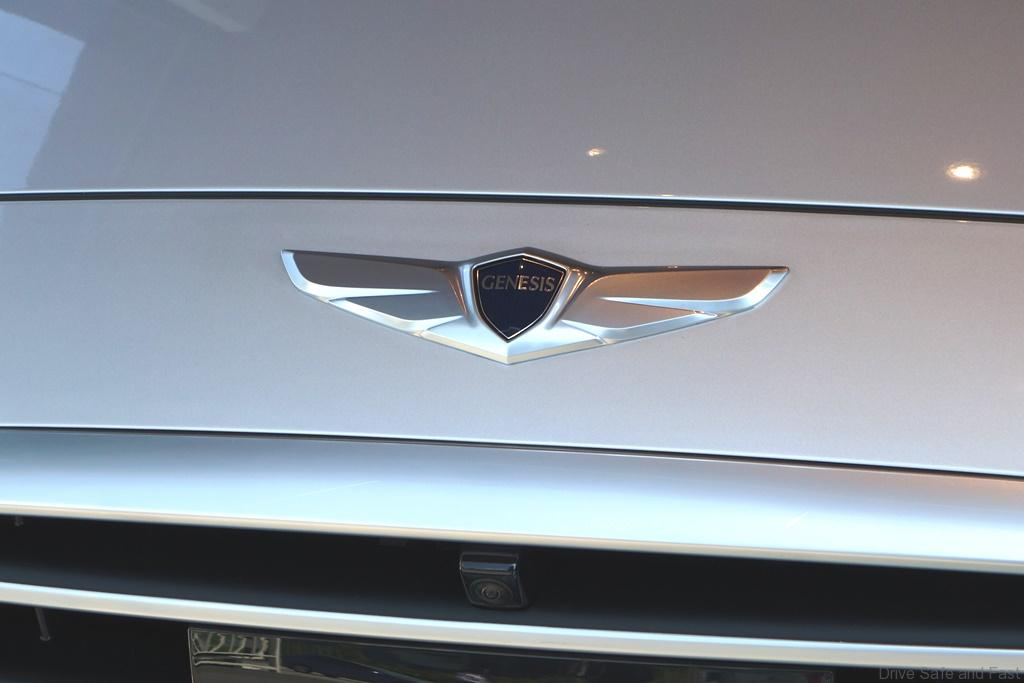 Hyundai-Genesis-02