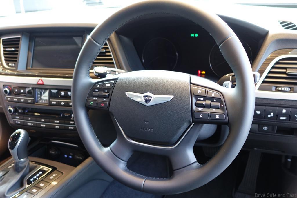 Hyundai-Genesis-10
