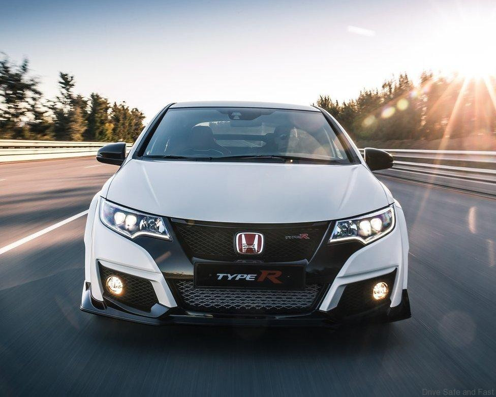 Honda-Civic_Type_R_2015_04