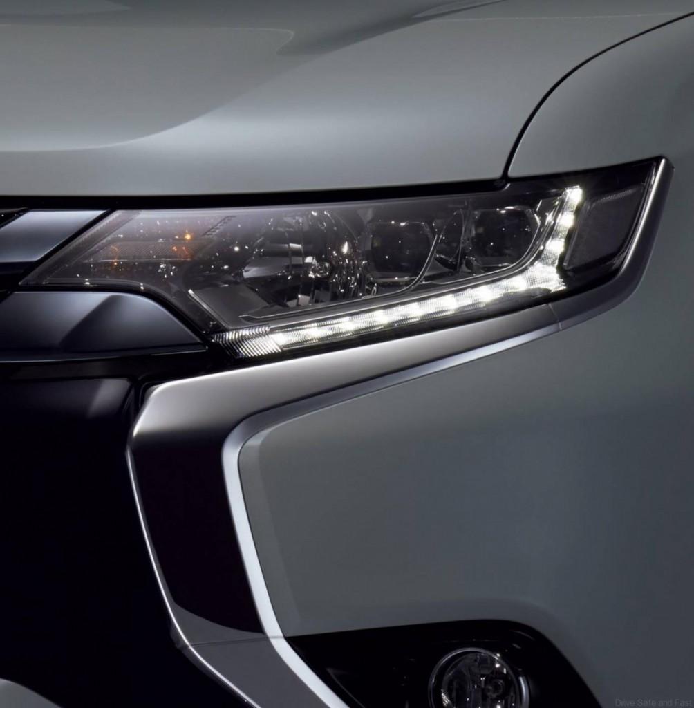 Mitsubishi-Outlander-PHEV-2