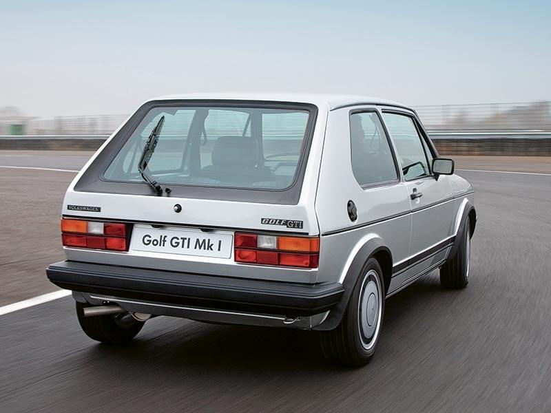 Volkswagen-Golf_I_GTI_1976_4
