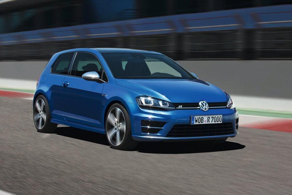 Volkswagen-Golf_R_2014_1024x768_wallpaper_07