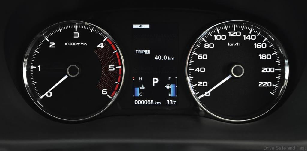 Mitsubishi-Pajero-Sport8