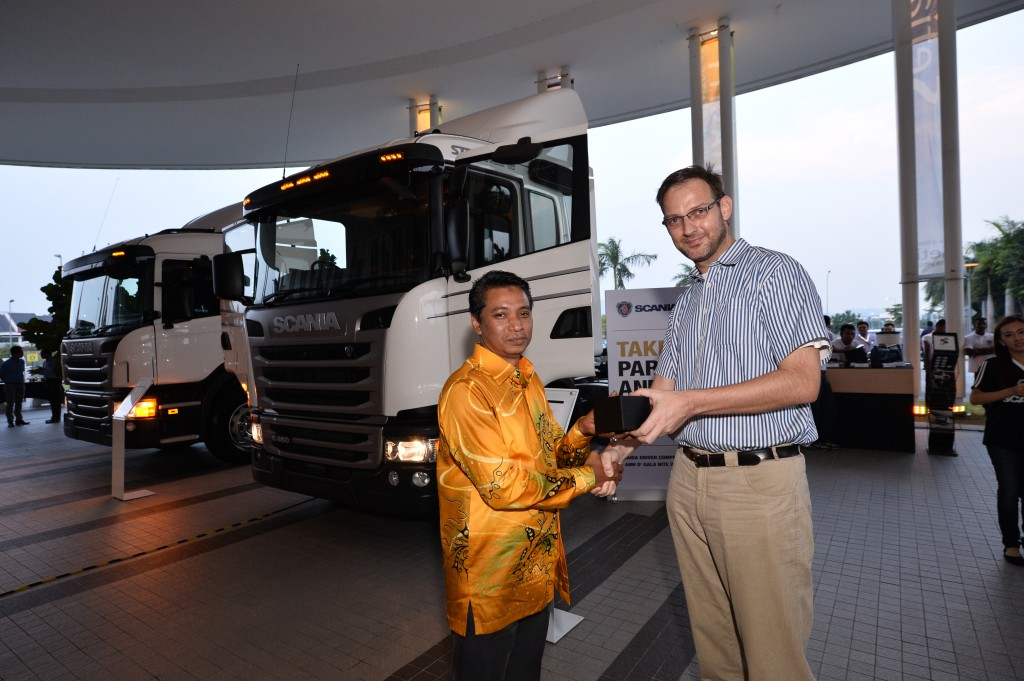 3) Tom Kuiphis, Pre Sales Director of Scania Southeast Asia presented the s...