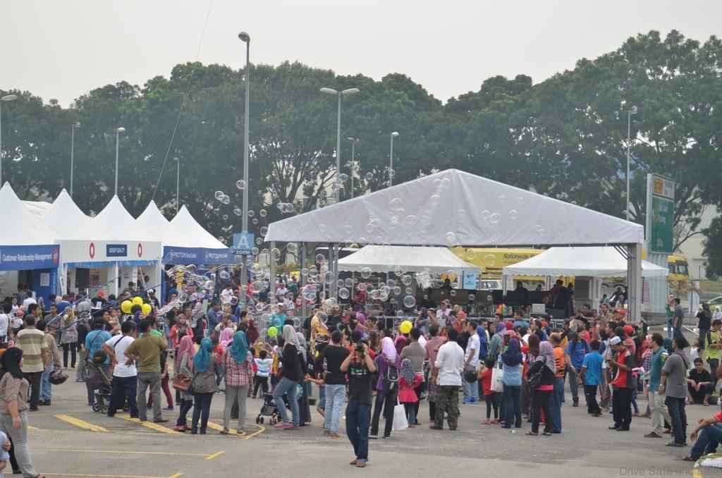 Alami-PROTON-Carnival