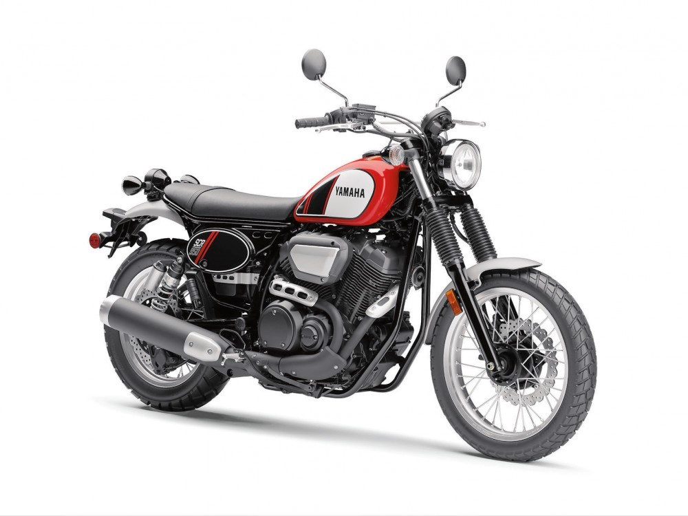 2017 Yamaha SCR950 02