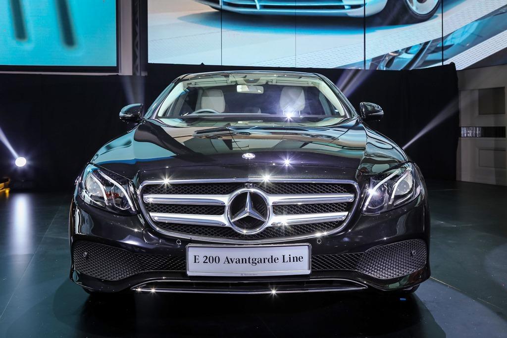 Mercedes-Benz E 200 Avantgarde Line (1)