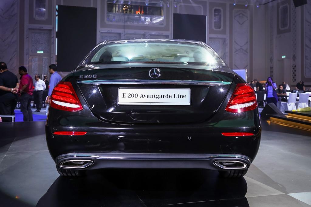 Mercedes-Benz E 200 Avantgarde Line (3)