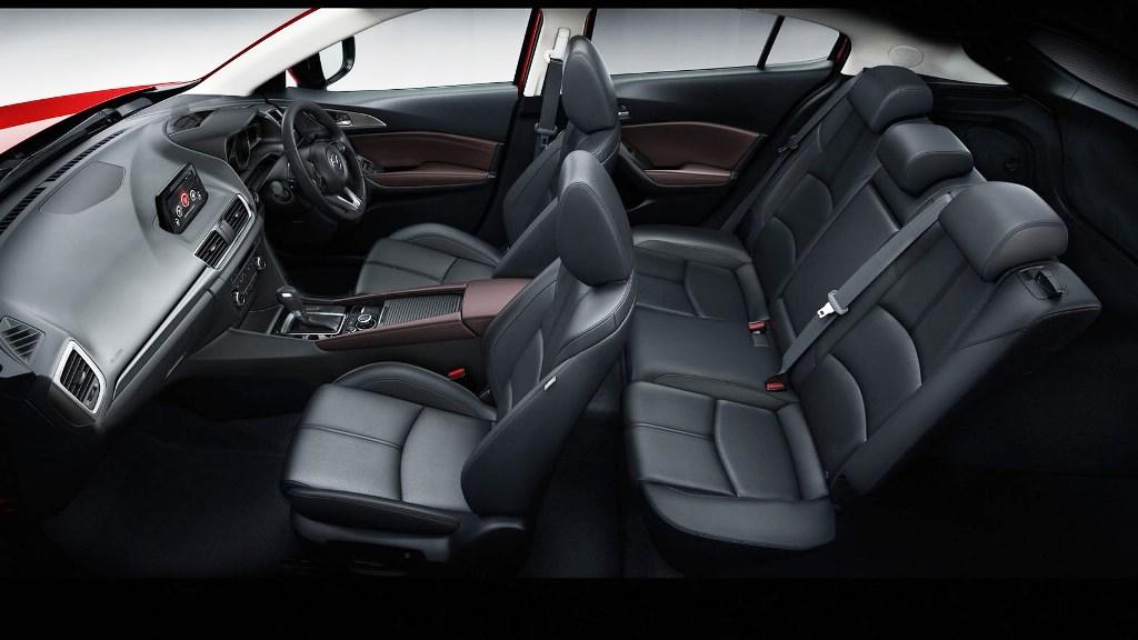 2017 Mazda3 05