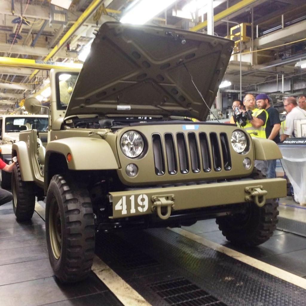 Jeep Wrangler 75th Salute 02