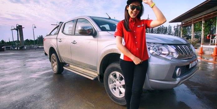 Catch Malaysian Motorsport Athlete, Leona Chin in action this Saturday at the Mitsubishi Triton Extra Hardcore Roadshow!