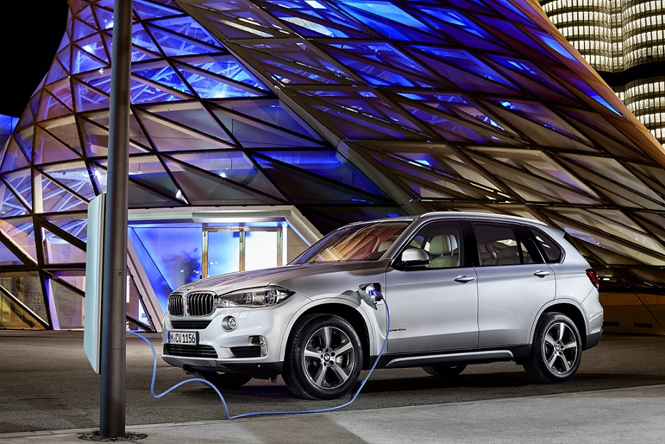 The all-new BMW X5 xDrive40e