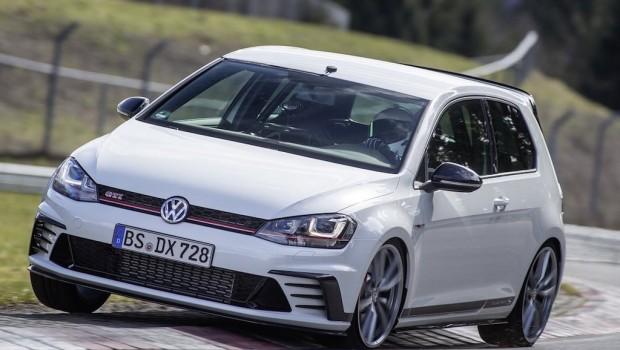 Volkswagen-Golf_GTI_Clubsport_S-1-620x350