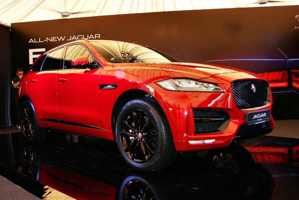 Jaguar F-Pace Launch 04