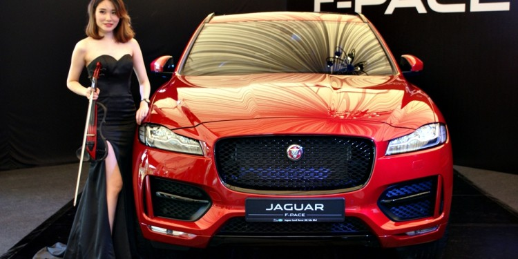 Jaguar F-Pace Launch 11