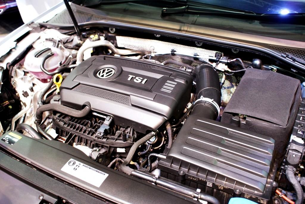 Volkswagen Passat Launch 11