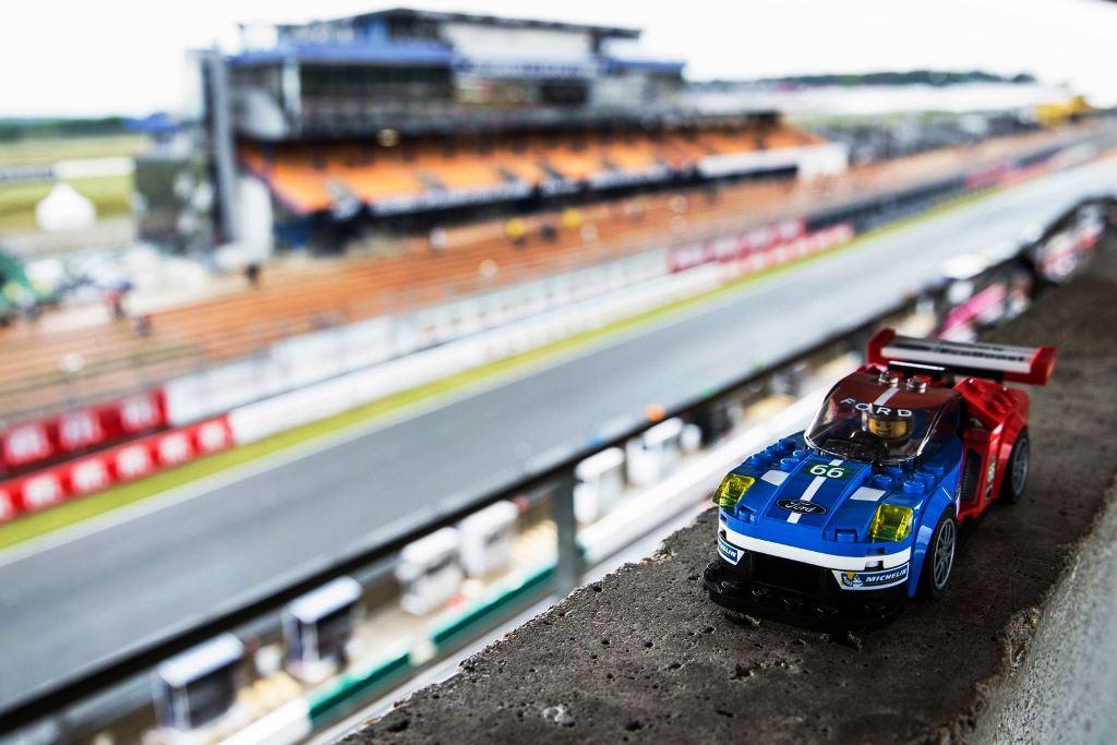Ford GT LEGO 02