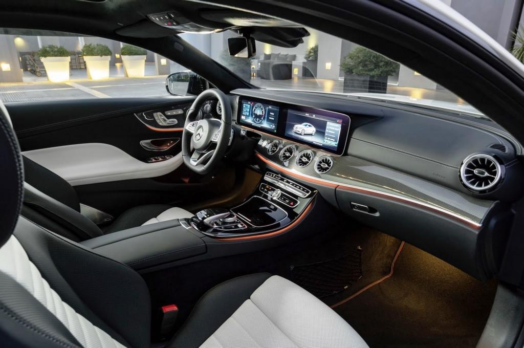 Mercedes-Benz E-Class Coupe 09