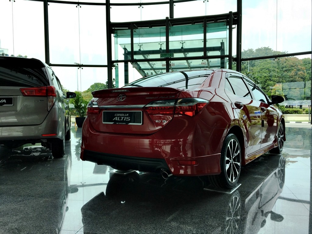 Toyota Corolla Altis Facelift 2017 04